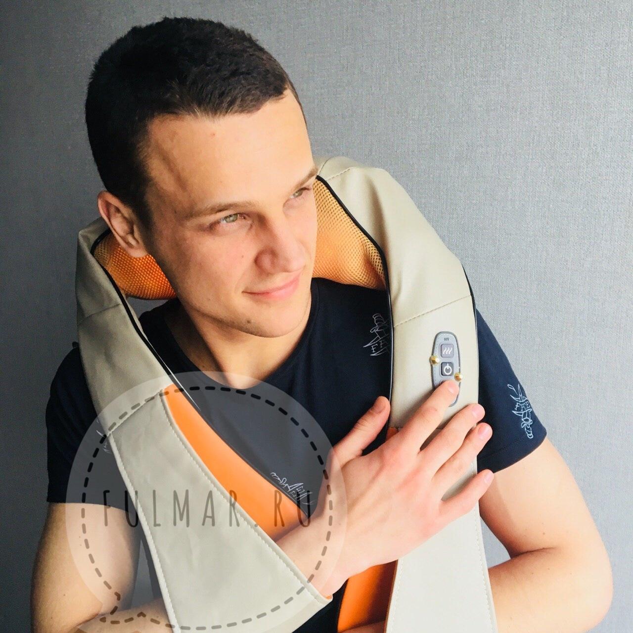 Массажер для шеи и плеч и спины с прогревом Бежевый