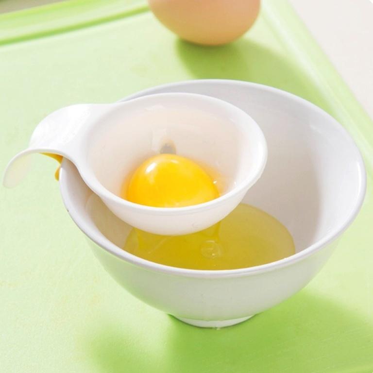 Отделитель сепаратор белков от желтков для яиц с силиконовым держателем