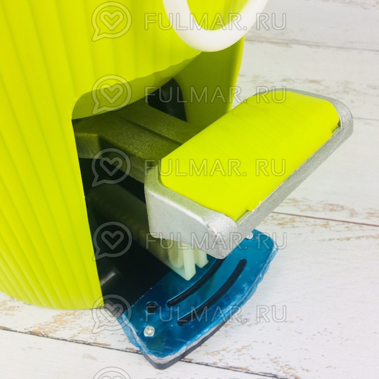 Швабра и ведро с отжимом Spin Mop 7,5 литров со стальной педалью Цвет Салатовый