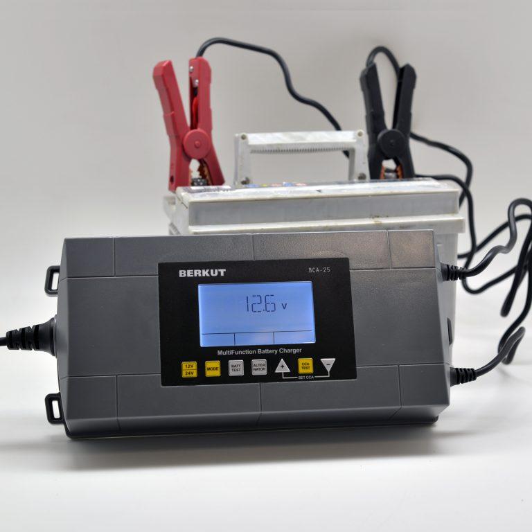 Автоматическое зарядное устройство с диагностикой АКБ BERKUT BCA-25 (+ Антисептик-спрей для рук в подарок!)