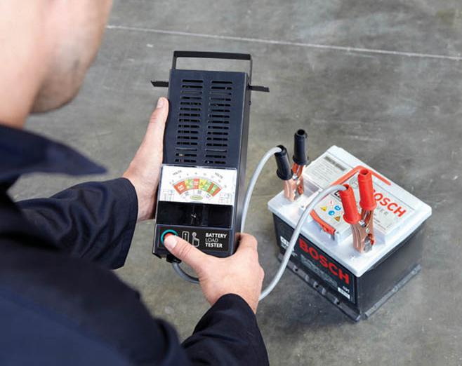 Тестер АКБ аналоговый с нагрузочной вилкой Ring Automotive RBA10 (6/12В)