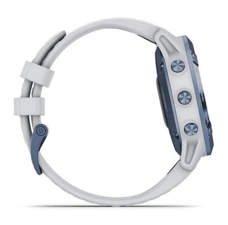 Черные часы Garmin Fenix 6 PRO Solar синий минерал с белым ремешком