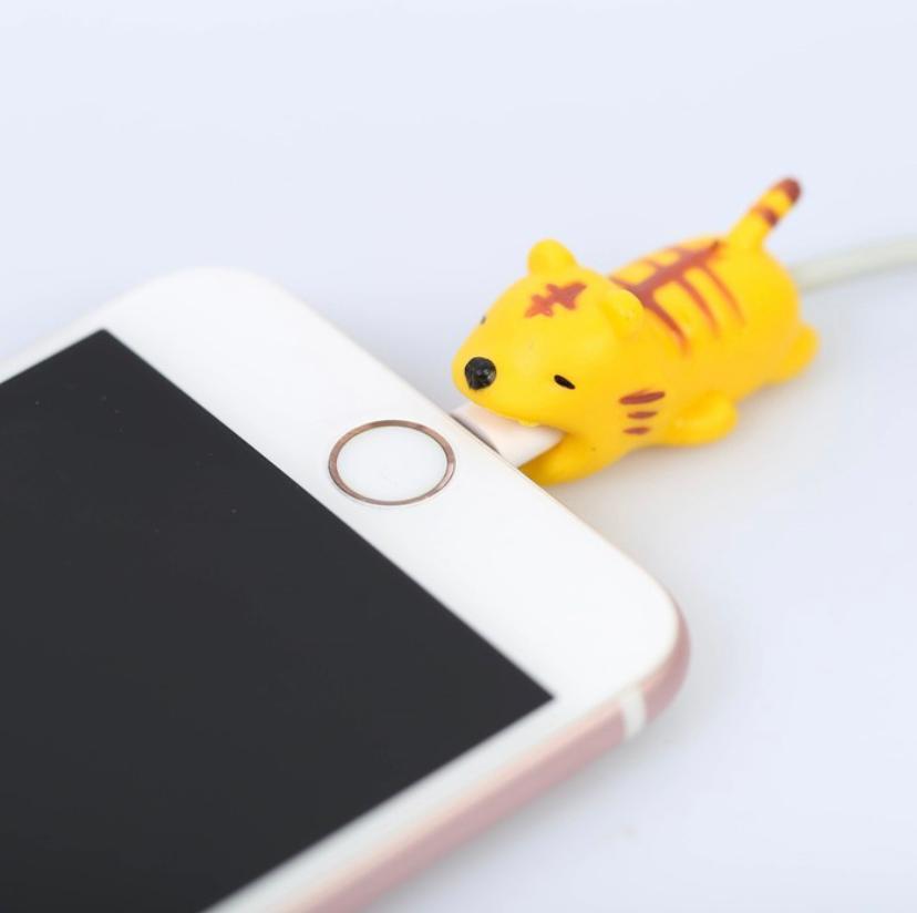 Протектор для провода с пожеланием Тигр