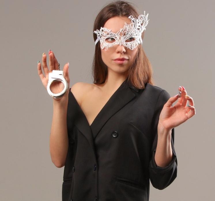 Карнавальный набор женский «Сладкая ночь» маска, повязка, наручники