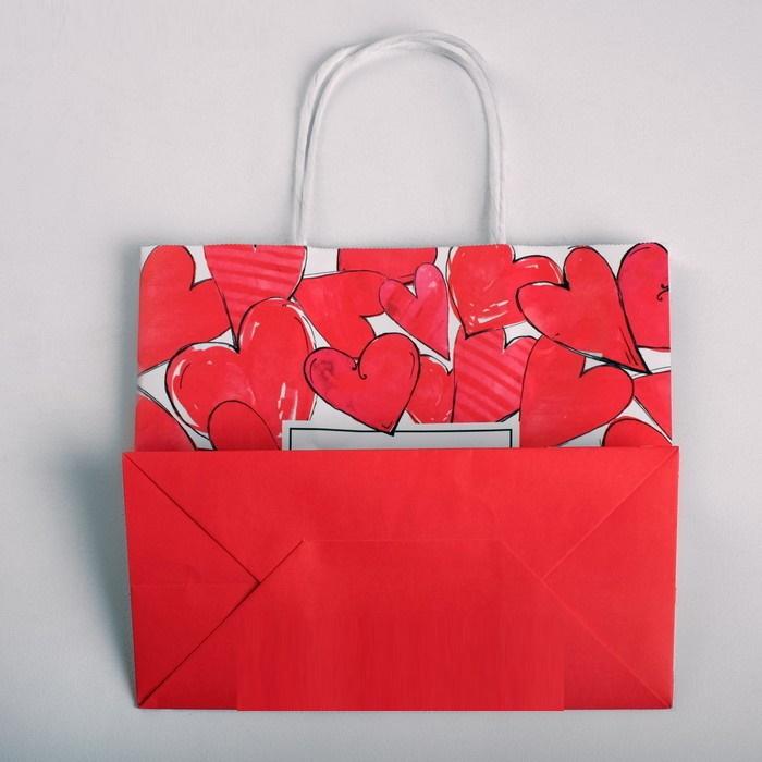 Пакет подарочный с сердечками крафтовый I love you, 22  25  12 см