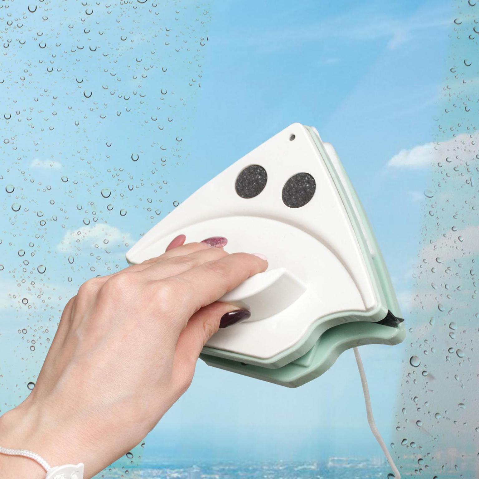 Магнитная щётка для мытья окон с двух сторон, с водосгоном, 15-26 мм