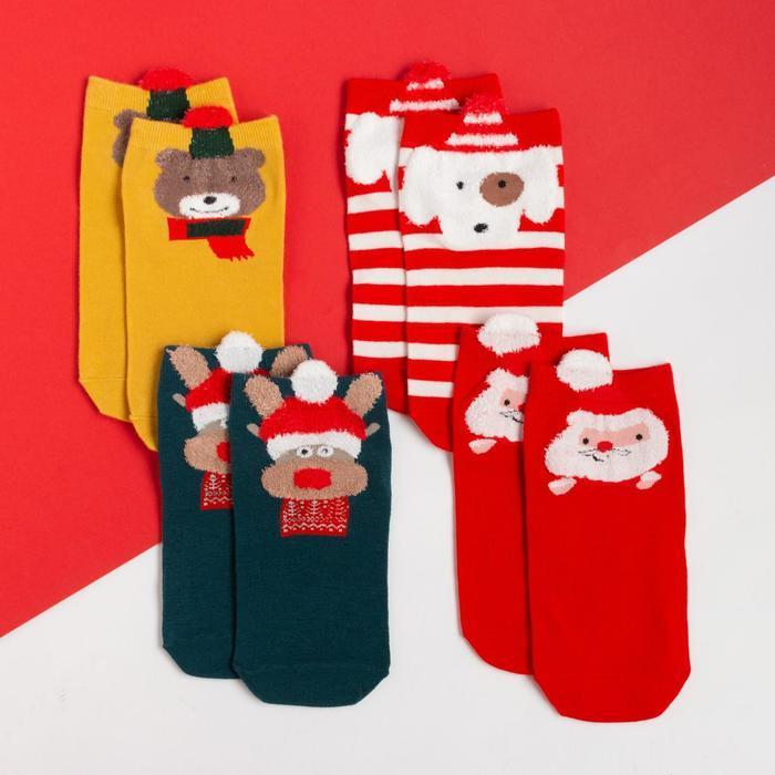 Набор детских носков новогодние 4 пары, размер 35 на 4-6 лет